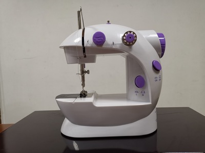 Small electric household sewing machine wholesale clothing car sm - 202 - a 201 source manufacturers