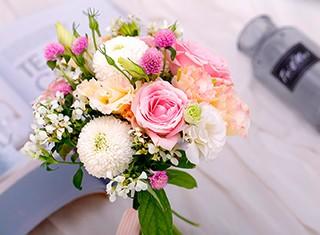 一个月内为何100个新娘同时选择鲜花实体店?