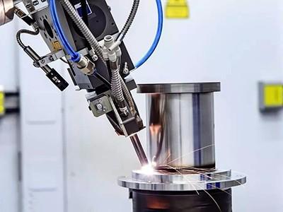 B2B adds impetus to traditional manufacturing