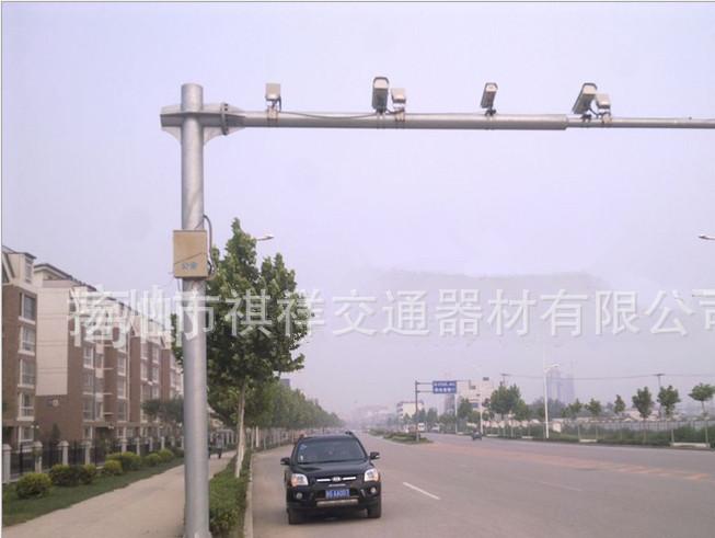 厂家直销 L型道路监控杆 交通器材 信号灯杆 八角杆 锥形杆