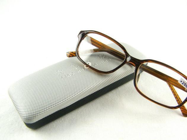 经典老花眼镜 远视眼镜 塑架老花镜 专用光学玻璃镜片