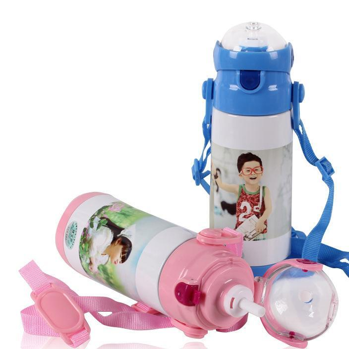 Supply creative cup children's kettle, handle kettle, children's suction cup plastic straw cup logo can be printed