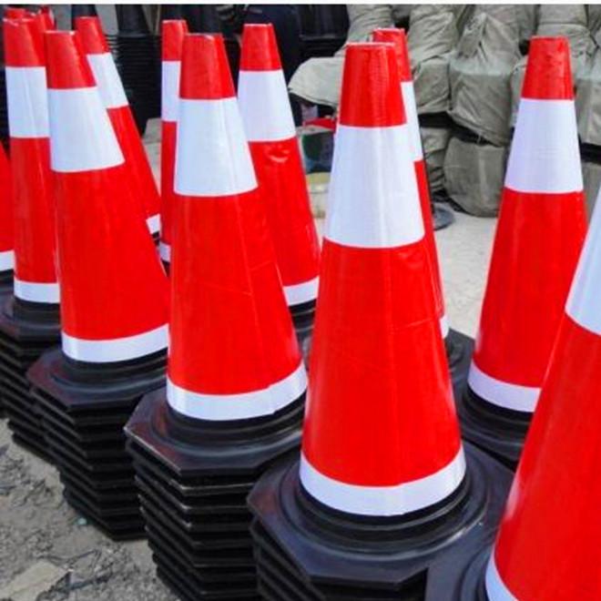 批发橡胶路锥70CM 反光路锥 交通设施 厂家直销  道路交通器材
