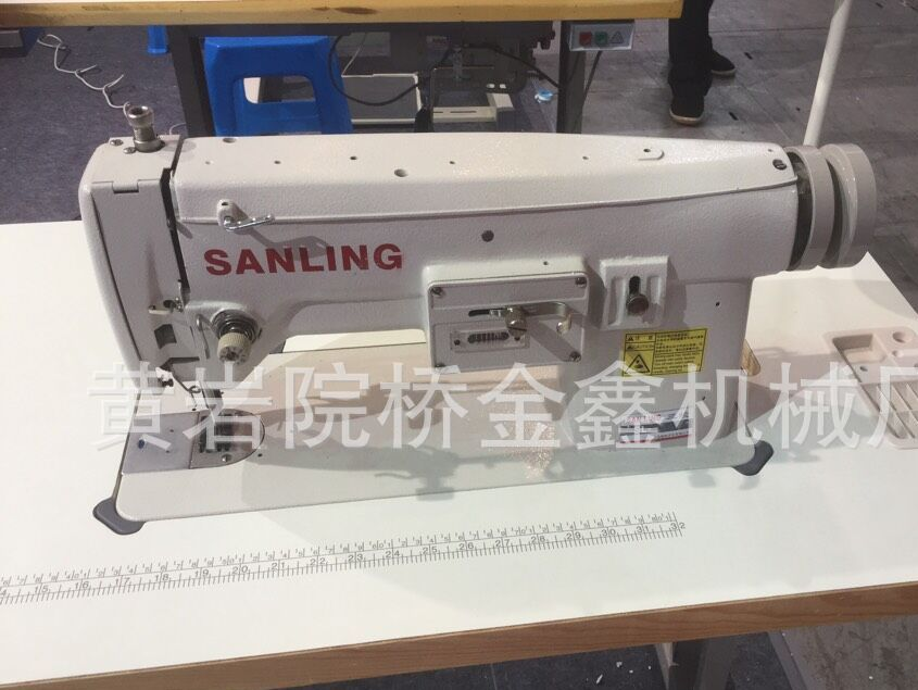 SL391刺绣 曲折缝兼用缝纫机 工业缝纫机