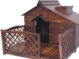厂家直销 批发狗屋 户外木质防腐木 带围栏狗屋 宠物窝 大型犬舍