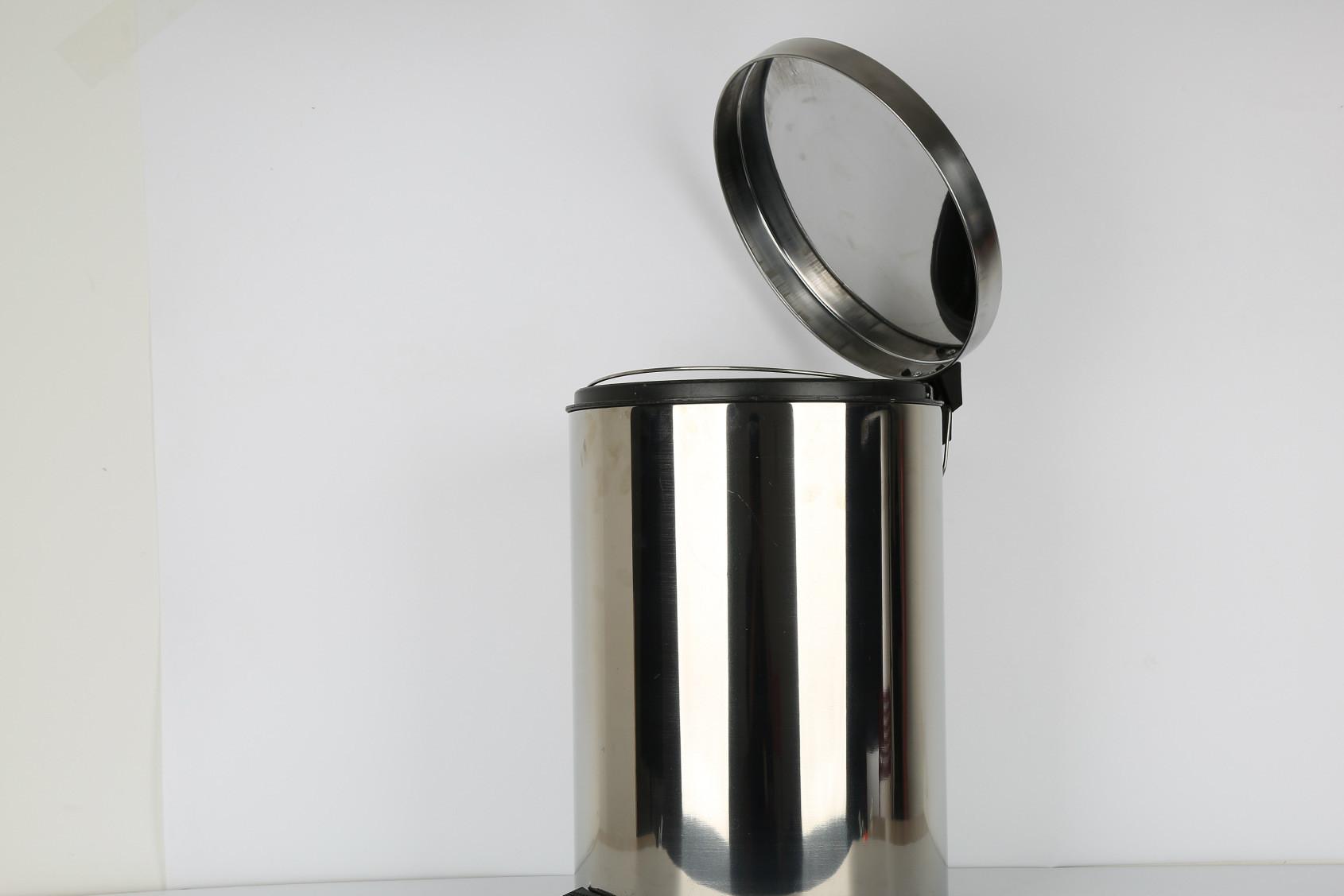 厂家直销家用垃圾桶 脚踏式不锈钢垃圾桶 高档茶水卫生桶果皮桶