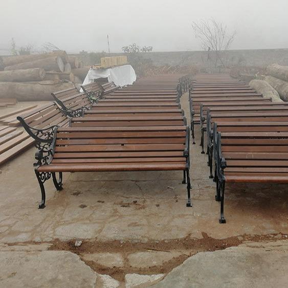 原木公园椅 铸铝公园椅 铸铝户外桌椅 铸铁公园椅 桌椅户外