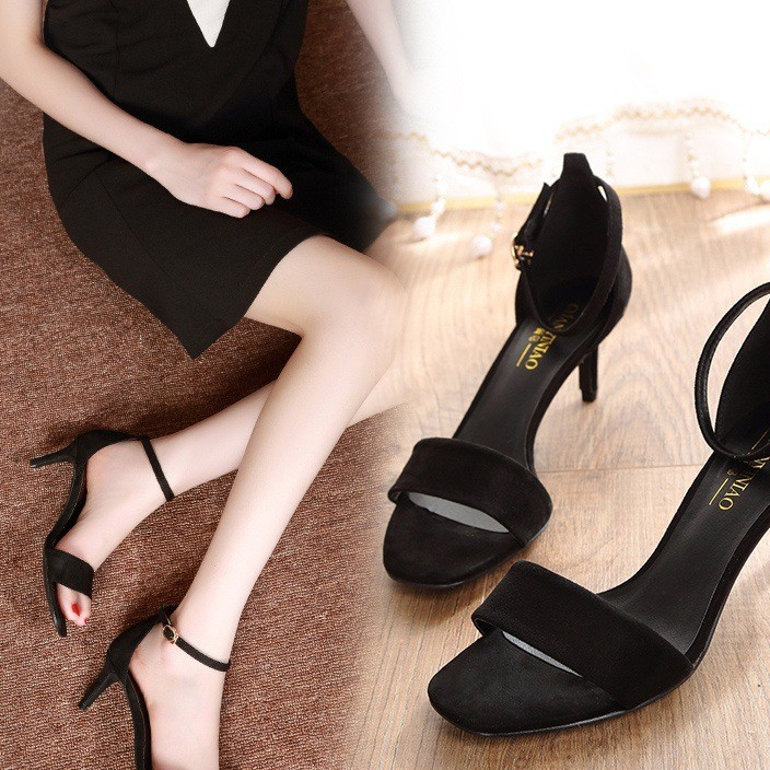 The new 2019 version of black versatile flat heels for women's Roman shoes with sexy one-word buckle