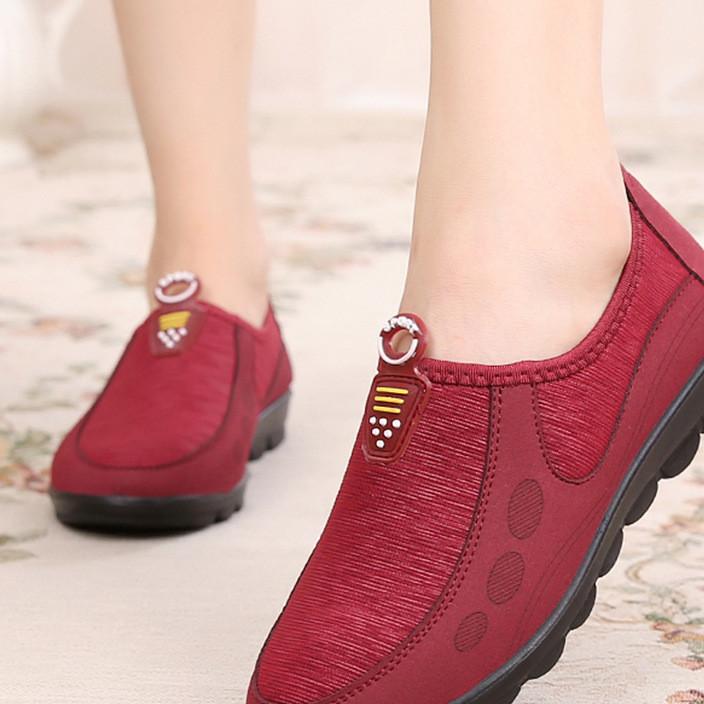 春秋老人平底妈妈鞋中老年女鞋休闲运动鞋软底防滑奶奶老北京布鞋