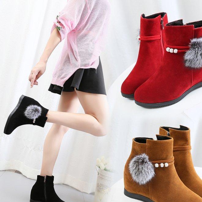 2019秋冬季新款女靴子韩版短靴保暖防滑绒面马丁靴粗跟圆头平跟鞋