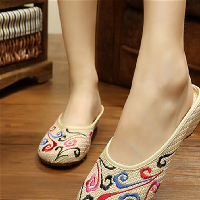 Old Beijing embroidery shoes daily home leisure shoes for women raised inside the cow tendon sole slippers
