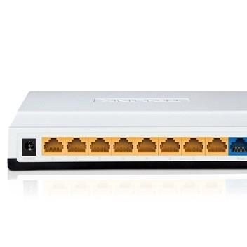 TP-Link TL-R860+ 8口有线路由器 流量带宽控制 8口路由器 花生壳