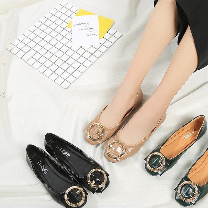 春新款韩版金属方扣低帮鞋舒适软底平跟鞋漆皮圆头浅口平底女单鞋