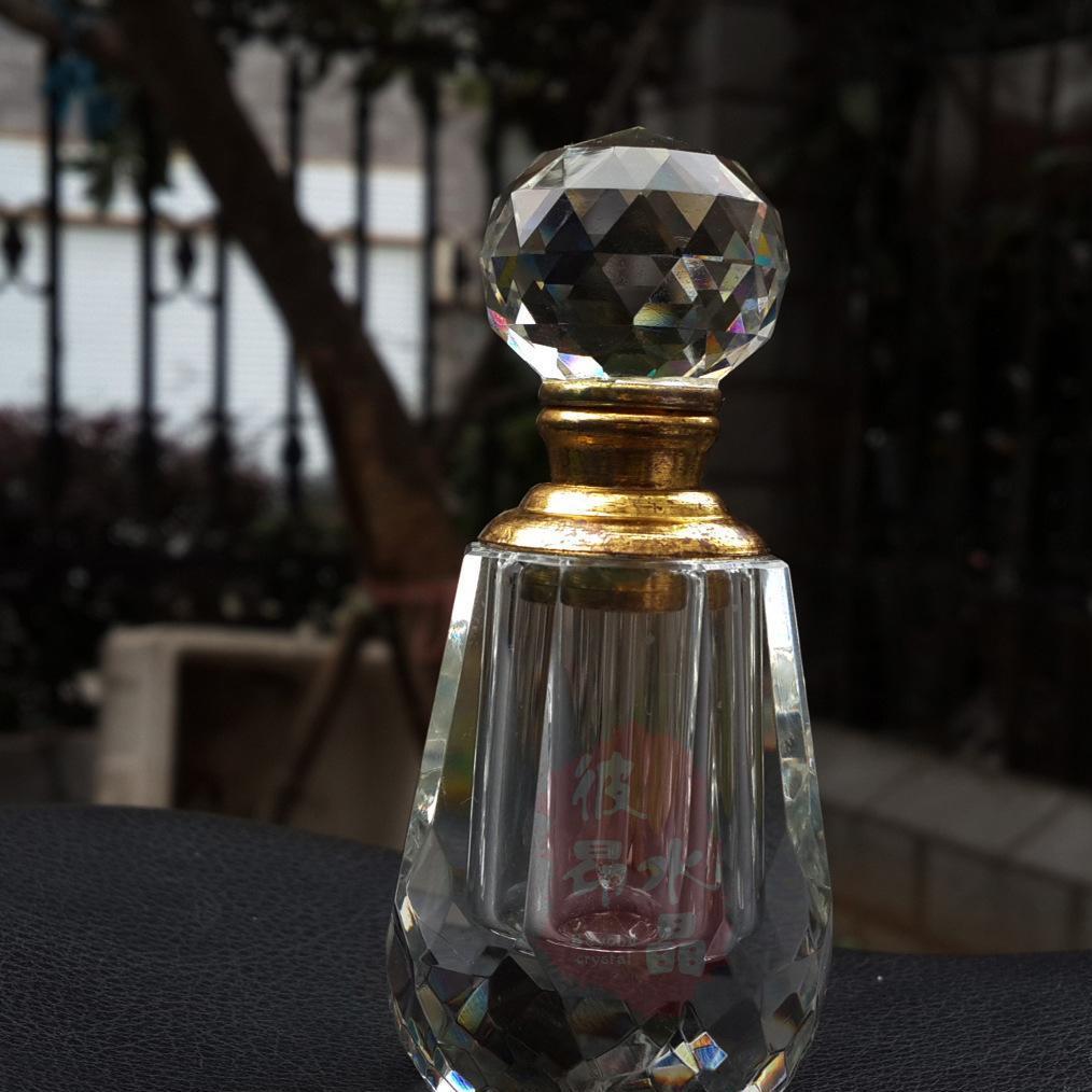 现款现货水晶人体香水瓶定做纹身色料瓶梳妆台水晶手工工艺品装饰