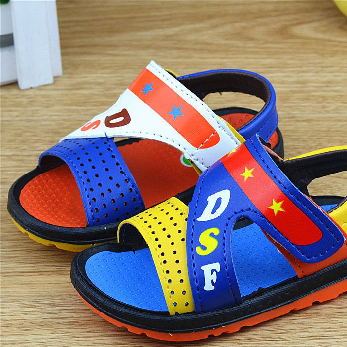 One piece of plastic sandal toddler shoes for children with soft soles and PU leather sandals for boys in 2016 summer