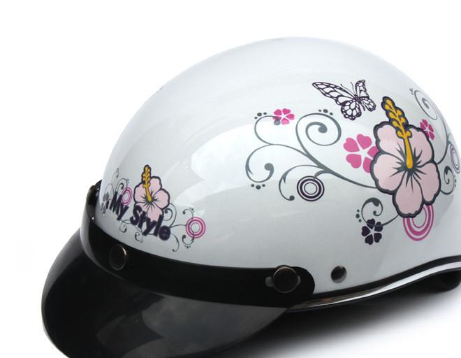 台湾迪士尼夏盔   摩托车头盔 摩托头盔  骑行头盔 防护头盔