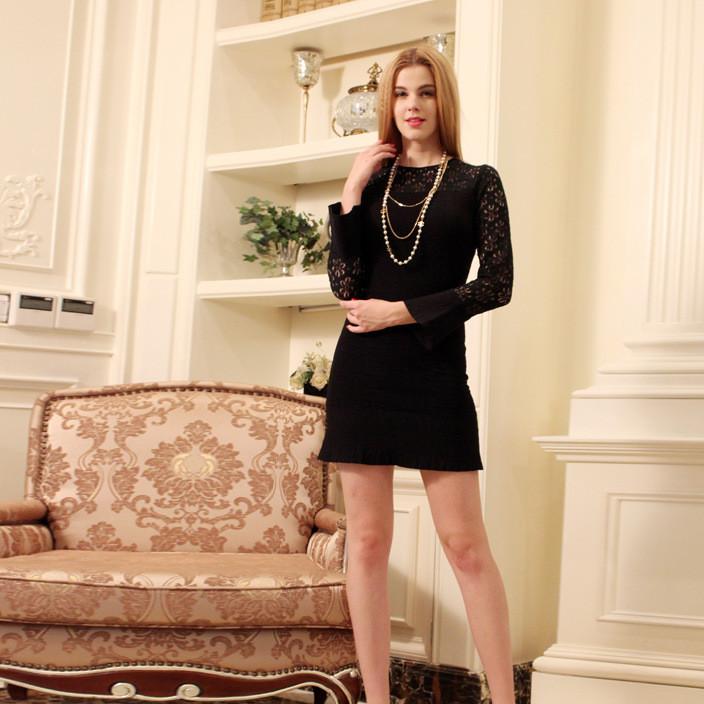 2019新款欧装修身蕾丝镂空花纹针织长袖针织裙荷叶边连衣裙女