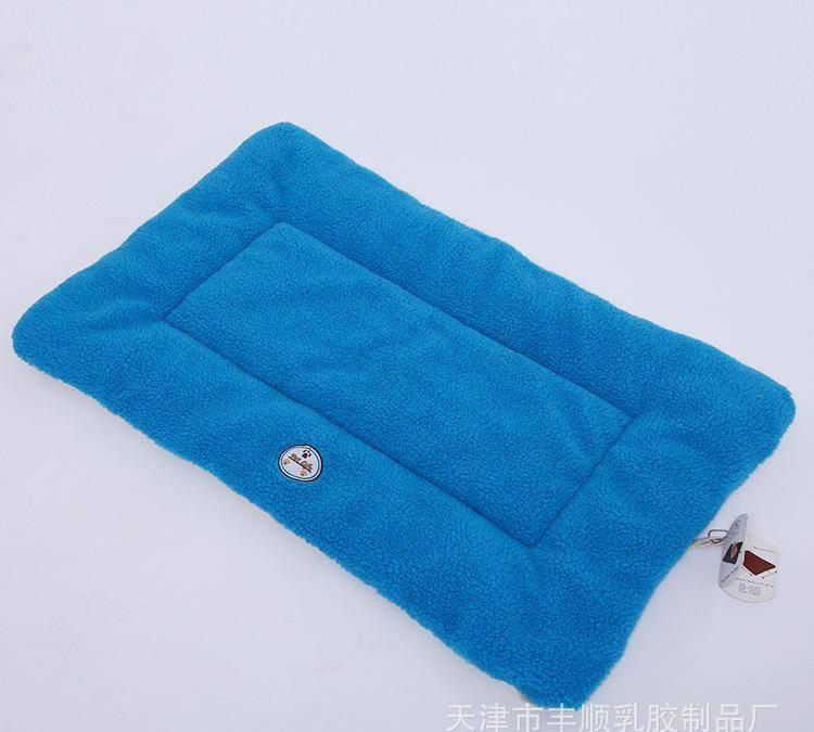 厂家直销 宠物垫 猫狗垫 宠物用品 宠物服饰 批发